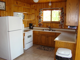 3 Bedroom Deluxe Cottage Kitchen